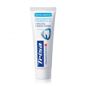 Pasta za zube TRISA Revital Sensitive Toothpaste